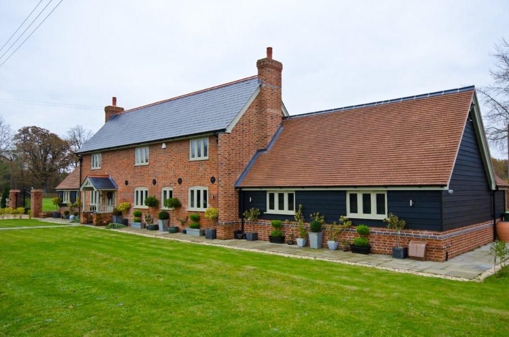 Roof repair company Hatfield